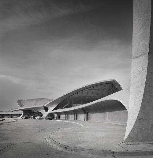 twa jfk terminal - new york - eero saarinen - 1956: Ezra Stoller, Eerosaarinen, Eero Saarinen, Three Terminator, White Architecture, Architecture Inspiration, New York, Architecture Photography, Jfk Airports