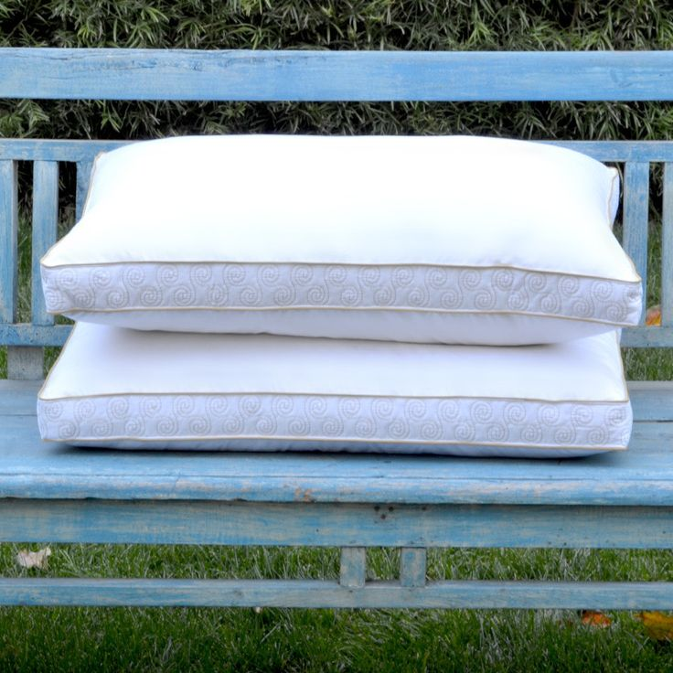 downlinens swirl pattern featherdown filled pillow will be one of the most luxurious and comfortable