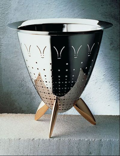 Alessi - Philippe  Starck  90025 - Max le chinois, colander. I want one.