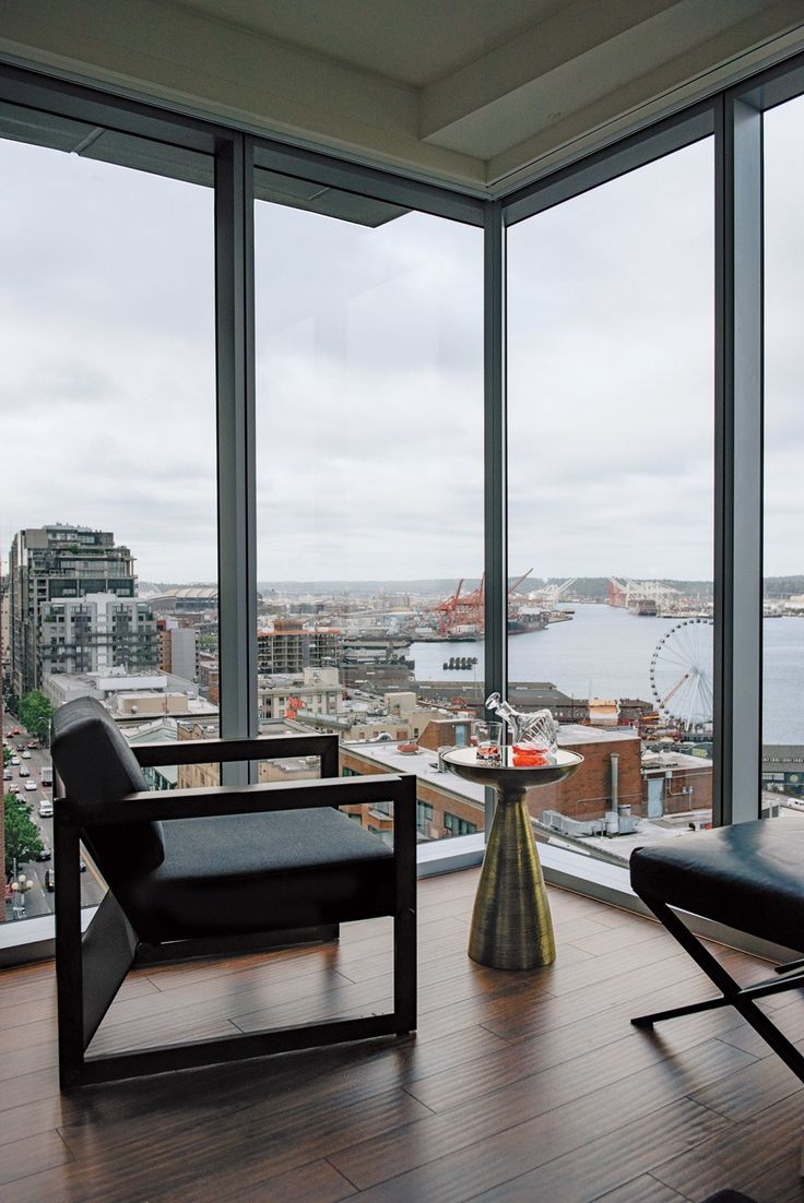 Thomson Seattle - Stay smack in the center of the city's downtown revival and still get that epic water fix.