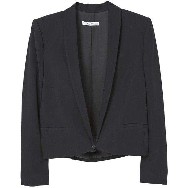 Crop Blazer (1,640 INR) ❤ liked on Polyvore featuring outerwear, jackets, blazers, mango blazer, structure jacket, lapel jacket, cropped blazer and cropped jacket