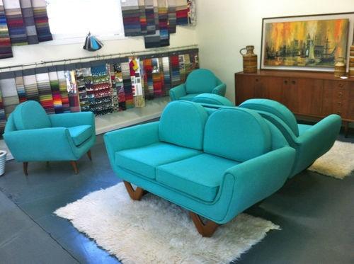 153 best images about vintage sofas on pinterest purple sofa vintage sofa and french vintage. Black Bedroom Furniture Sets. Home Design Ideas