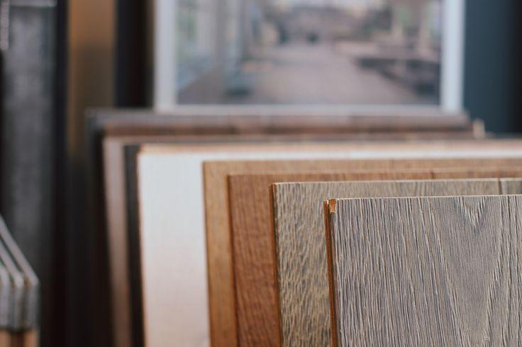 Nouveau showroom Sébastopol, 59 boulevard Sébastopol, 7500. Pensé pour mettre en valeur les parquets de la marque. Pour plus d'infos : www.decoplus-parquet.com
