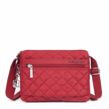 Hedgren Carina Shoulder Bag: New Bull Red The Carina shoulder bag is perfect for daily use. its compact shape makes it easy to carry around. its design makes it suitable for every occasion. the adjustable shoulder strap makes it adaptable for every woman. Comes with a two year warranty