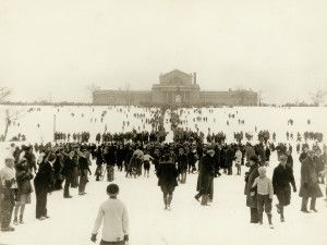 WUSTL students and other St. Louisans sled down Art Hill in Forest Park in the 1930s - The tradition still lives on today. Photo: W.C. Persons. #STL #sledding