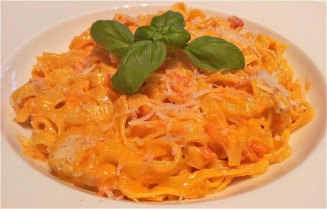 Pasta met kip - pasta recepten — Alles Over Italiaans Eten