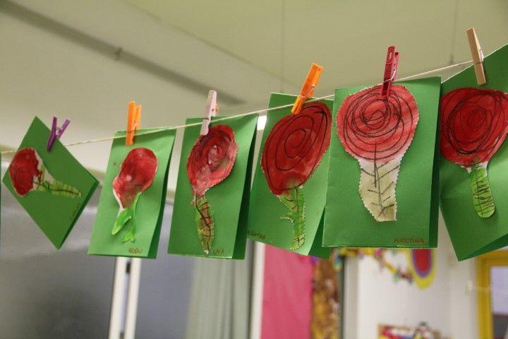 SANT JORDI - Material: cartolina, paper, pinzell, pintura, tisores, cola - Nivell: INF P3 2015-16