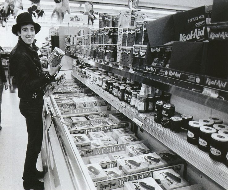Mick Jones from The Clash getting lost in the supermarket