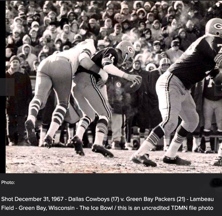 Ice Bowl December 31, 1967 - Dallas Cowboys (17) v. Green Bay Packers (21) - Lambeau Field - Green Bay, Wisconsin - The Ice Bowl / this is an uncredited TDMN file photo | Picture via The Dallas Morning News #Dallas #Cowboys #DallasCowboys