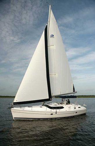 Hunter 45 CC...very nice sail boat