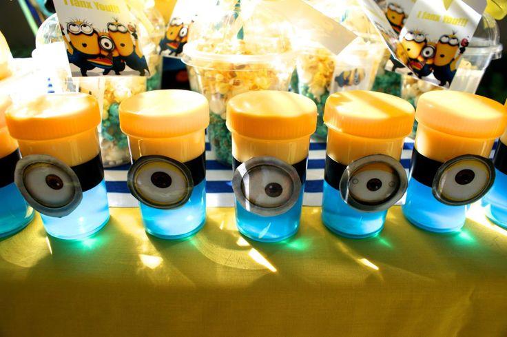 Minions ! Jello and Custard!!
