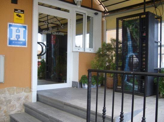 Hostal Restaurante Casa Grande - #Guesthouses - $48 - #Hotels #Spain #Baza http://www.justigo.ca/hotels/spain/baza/hostal-restaurante-casa-grande_6470.html