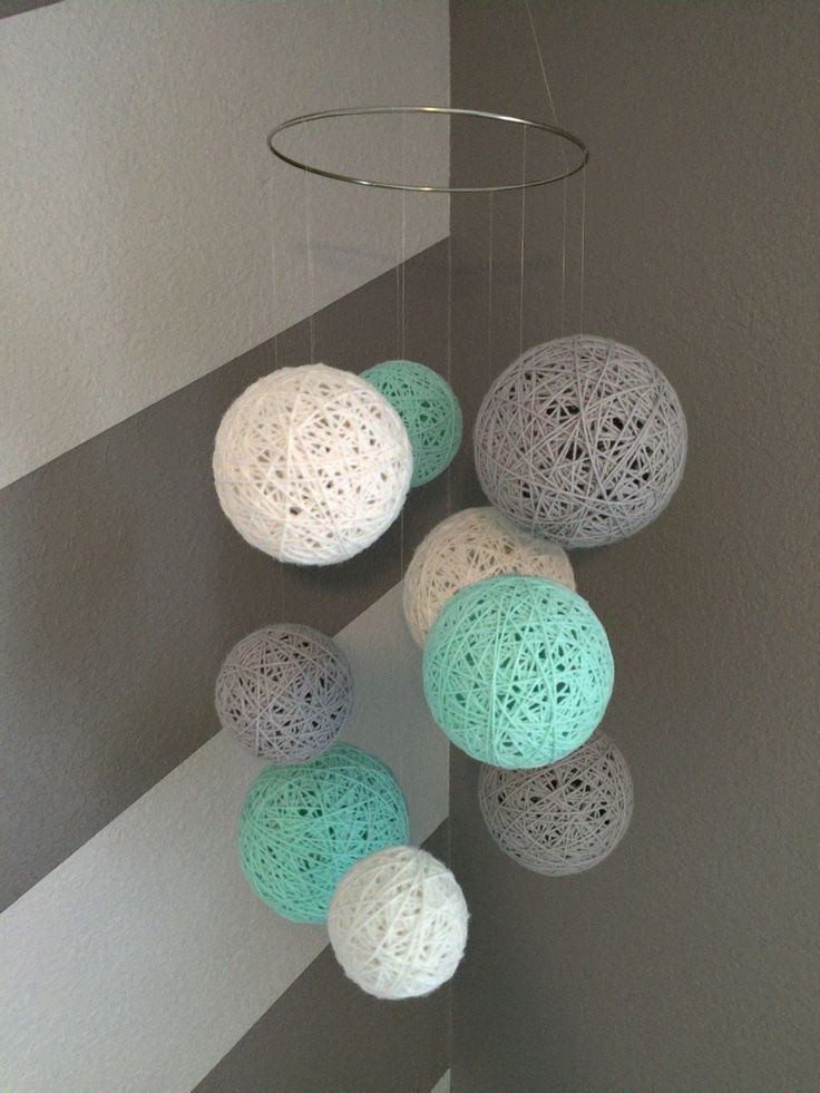 Yarn Ball Mobile in White, Gray and Aqua #DIYcrafts #WithYarn