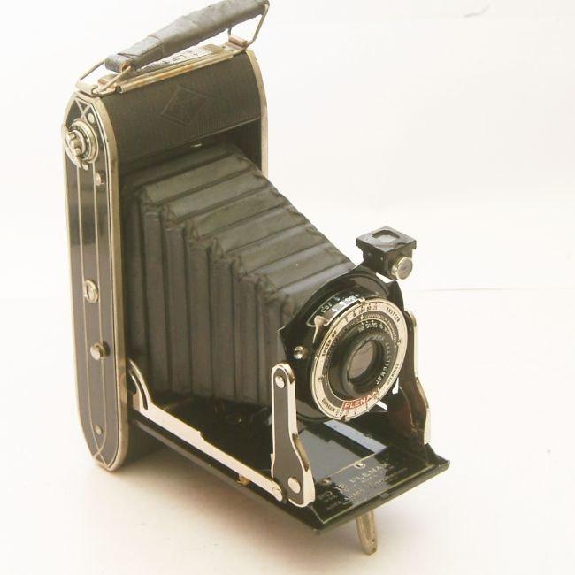 Vintage camera agfa ansco pd 16 plenax rollfilm folding for Camera camera camera