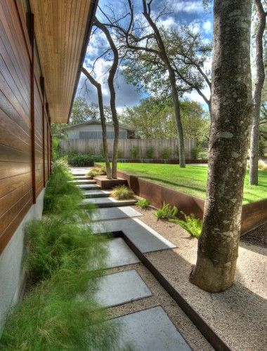 contemporary landscape by D-CRAIN Design and Construction #EasyPin