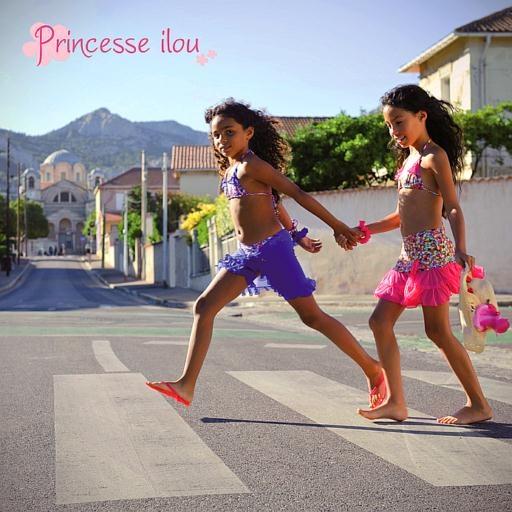 51 best maillot de bain fille princesse ilou images on pinterest prince swimming suits and. Black Bedroom Furniture Sets. Home Design Ideas