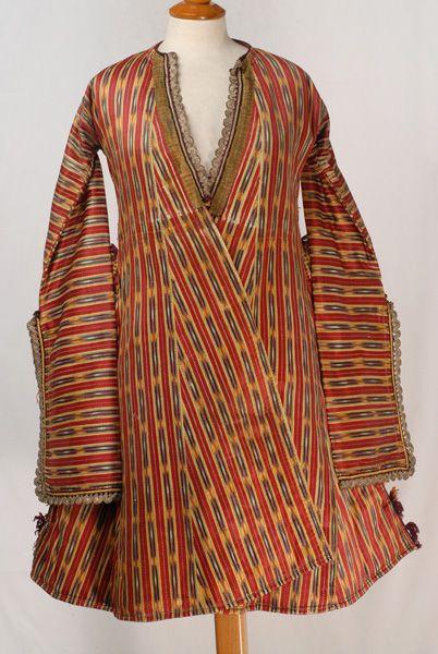 Καφτάνι / Kaftani, sleeved dress from Soufli, Evros, Thrace, Greece
