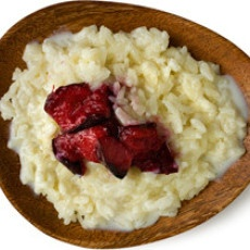 Egg-free, gluten-free Creamy Rice Pudding with Broiled Plums Recipe