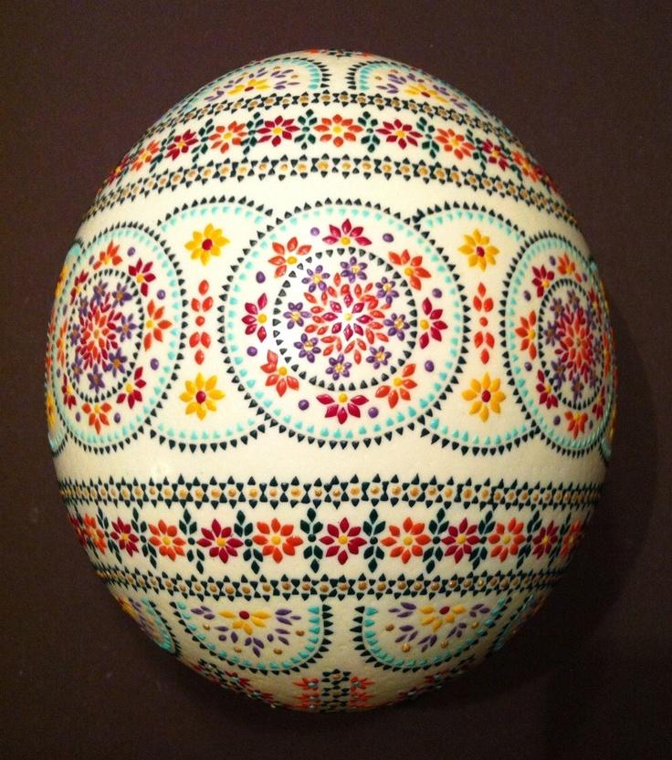 Sorbische Ostereier - Straußenei / Sorbian easter eggs