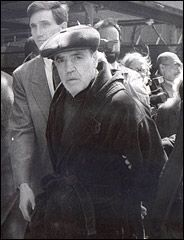 Vincent Gigante, Mafia Leader Who Feigned Insanity, Dies at 77