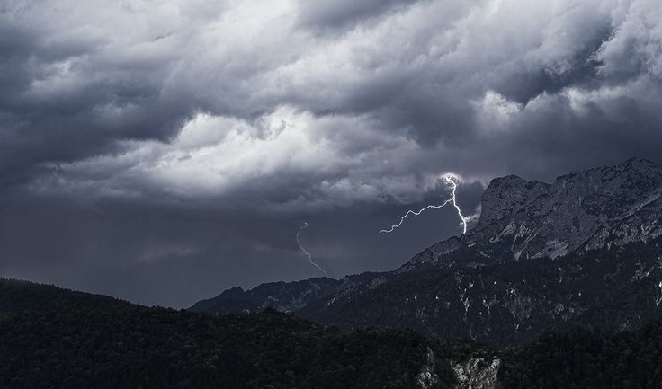 weather by David Lahnsteiner on 500px
