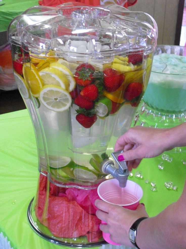 Fresh fruit flavored water for How to make flavored martinis