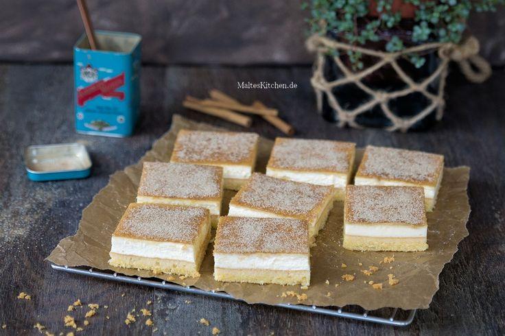 Rezept für einen nordhessischen Schmandkuchen, der nach dem Backen mit ordentlich Zimtzucker bestreut wird. Ein ganz leckerer und einfacher Blechkuchen nach einem Rezept von Mario Kotaska.