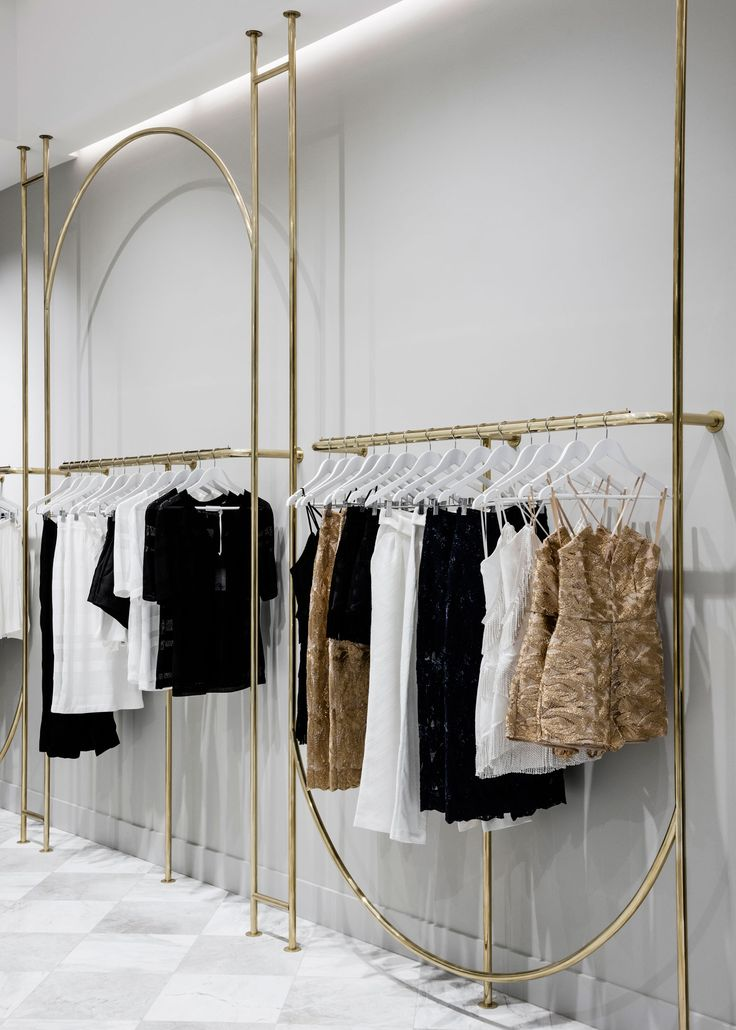25 best ideas about clothing boutique interior on for Boutique interior design