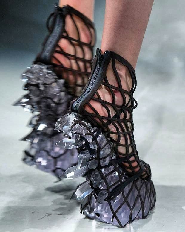 Iris Van Herpen's collection for Fall/Winter 2015-16 was titled Hacking…