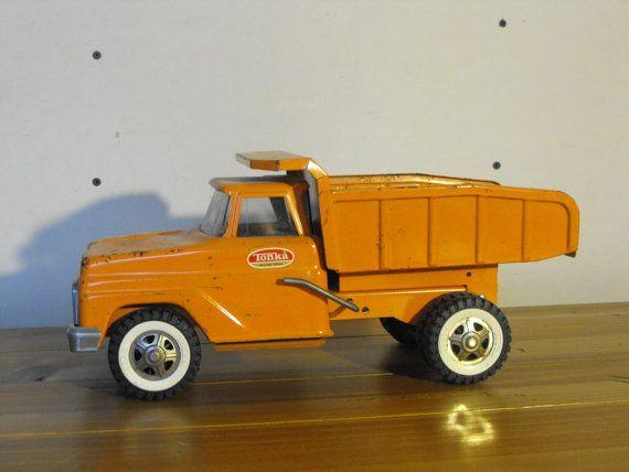Vintage 50s or 60s Tonka Dump Truck