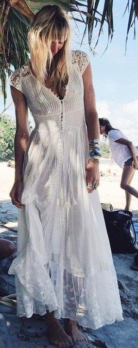 Vestido blanco con alforzas