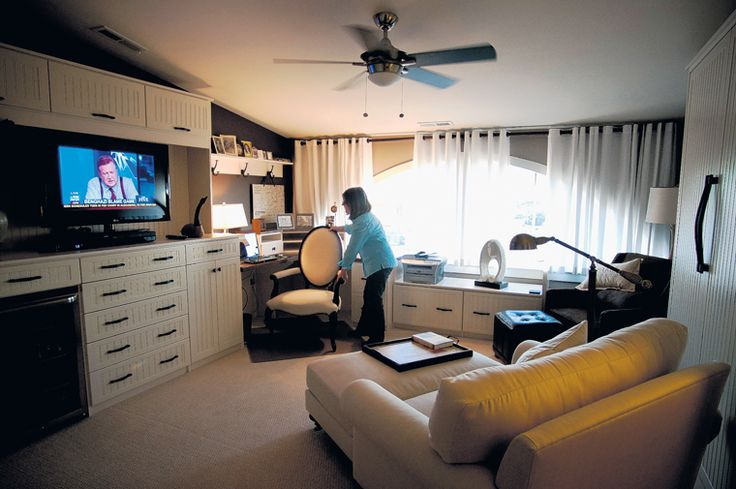 Multi Tasking Rooms Murphy Bed At Right I Want To Do