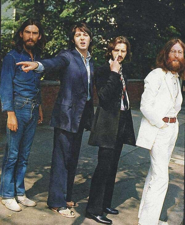 Here Are 45 Rare Photos From The Past You've Never Seen Before. BEATLES BEFORE ABBEY RD PIC