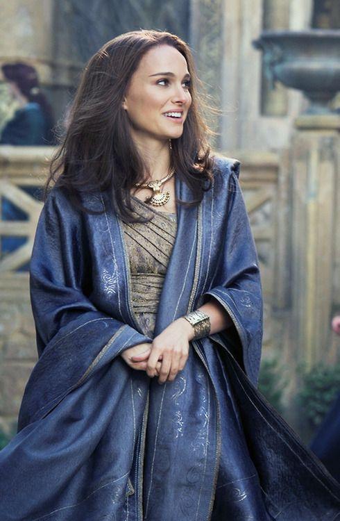 Jane Foster, Asgardian dress designed by Alexandra Byrne