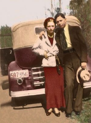 Famous American Gangsters/Bank Robbers of the 1930's, Bonnie and Clyde. www.GranddaddysSecrets.com