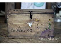 """♥ Box """"Der kleine Prinz"""" ♥ Diese persönliche Kiste mit unserem geliebten Prinzen haben wir bei Dawanda entdeckt"""