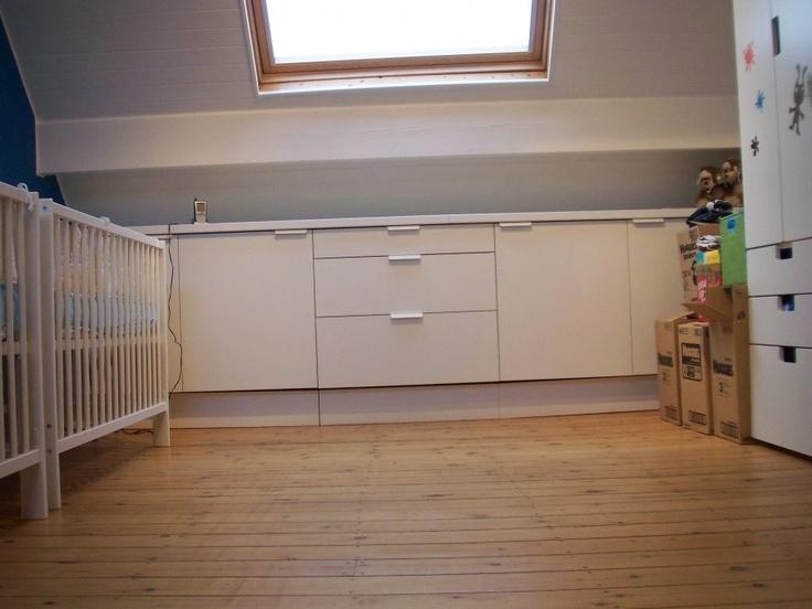 Slim, opberg keukenkastjes op wieltjes van IKEA