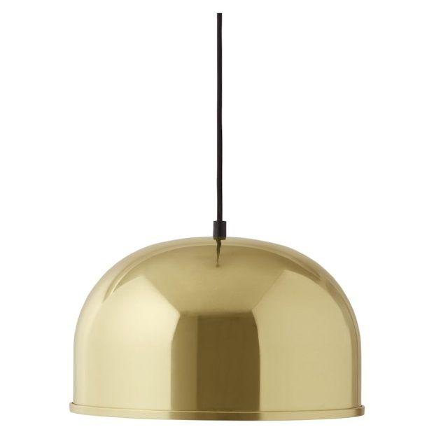 De hamglamp boven de salontafel. Hout of goud? We kiezen voor zon! Menu GM Pendant Hanglamp 30 cm.