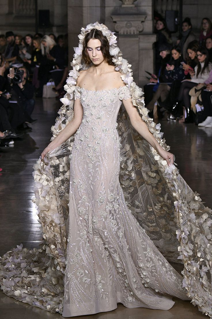 The 19 Dreamiest Wedding Dresses At Paris Haute Couture Fashion Week