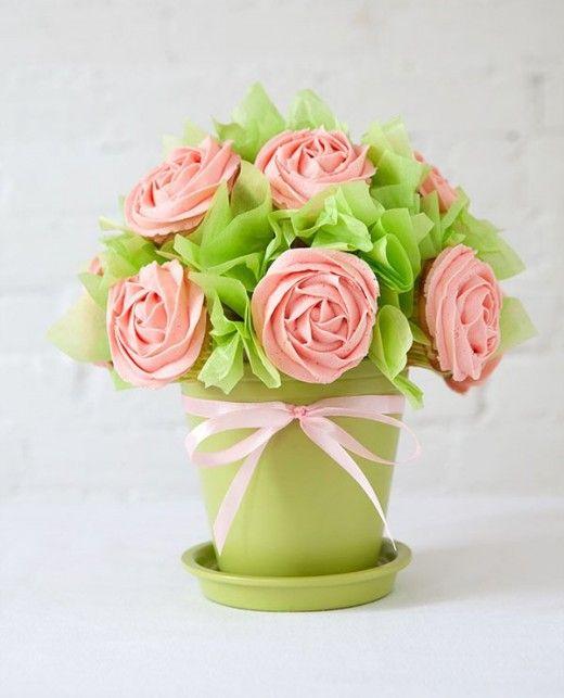 DIY bouquet de cupcakes. Perfecto para cualquier mesa dulce o como regalo para una ocasión especial. #quechuli