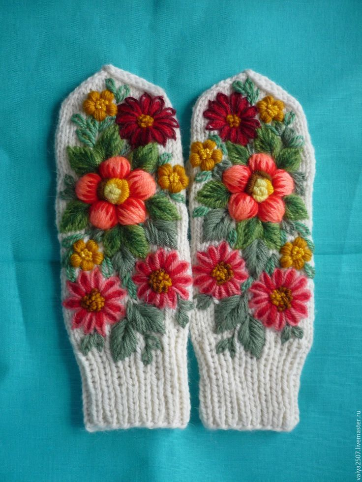 """Купить Варежки ручная вышивка""""РАЗНОЦВЕТНЫЕ"""" - комбинированный, цветочный, шерсть, полушерсть, разнообразные"""