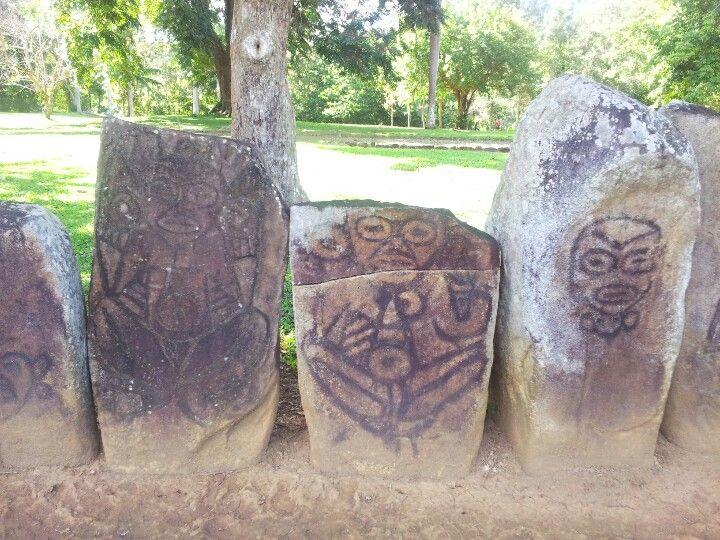 Taino indian symbols at el parque ceremonial indigena de for Henna tattoo in puerto rico