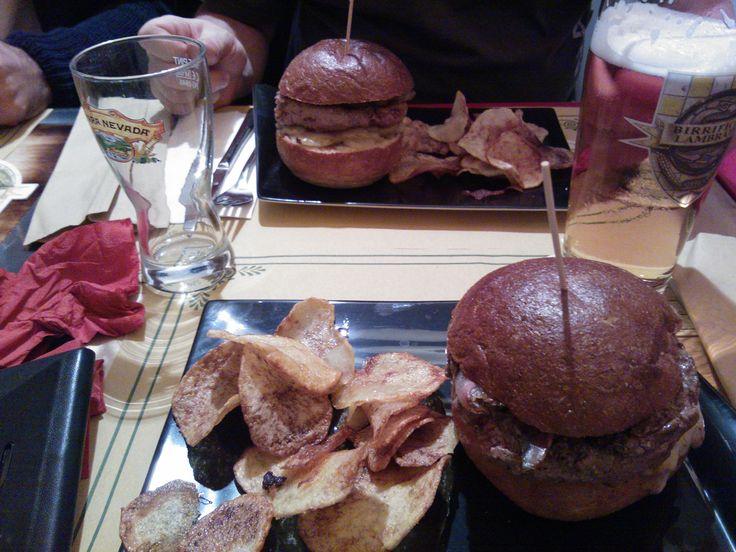 hamburger estrema unzione e hamburger con zola e zucca delicious Lambiczoon Milano