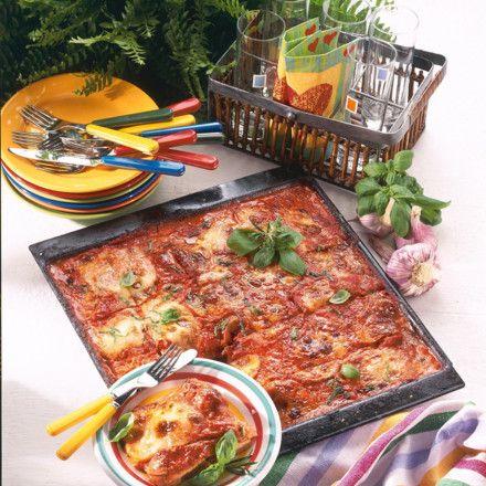 schnitzel pizza vom blech rezept rezepte pinterest blech pizza und mittagessen. Black Bedroom Furniture Sets. Home Design Ideas