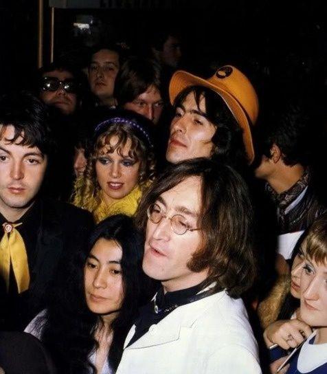 Paul McCartney, Pattie Boyd, George Harrison, Yoko Ono and John Lennon at the premiere of Yellow Submarine, 1968