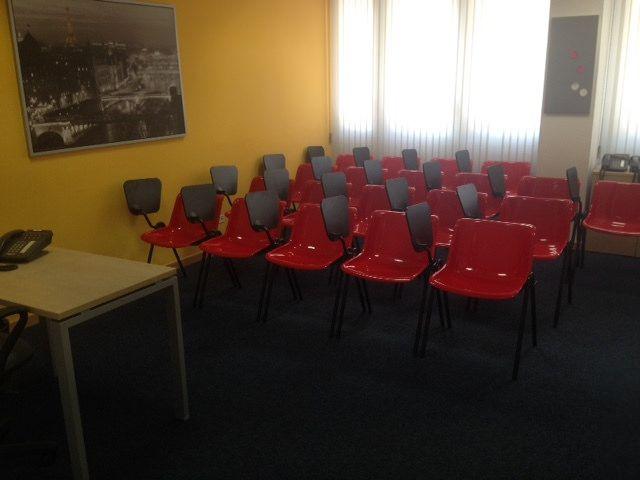 https://flic.kr/ps/UHmRS | Il fotostream di Pick center -Uffici arredati Sale riunioni Cowo