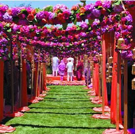 Hottest Decor Trends for This Wedding Season