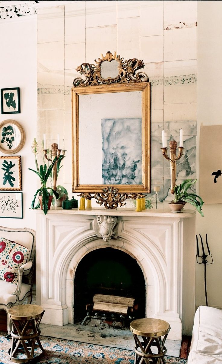 24 beautiful fireplaces from the Vogue archives.