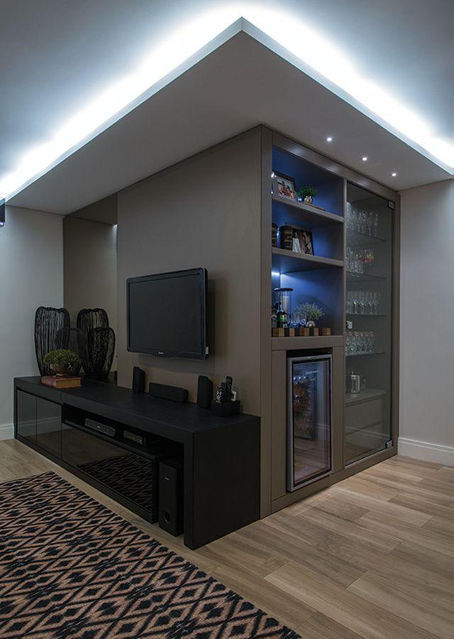 Decor Salteado - Blog de Decoração e Arquitetura : Móvel dois em um para sala de jantar e tv - veja ótimas ideias para apartamentos!
