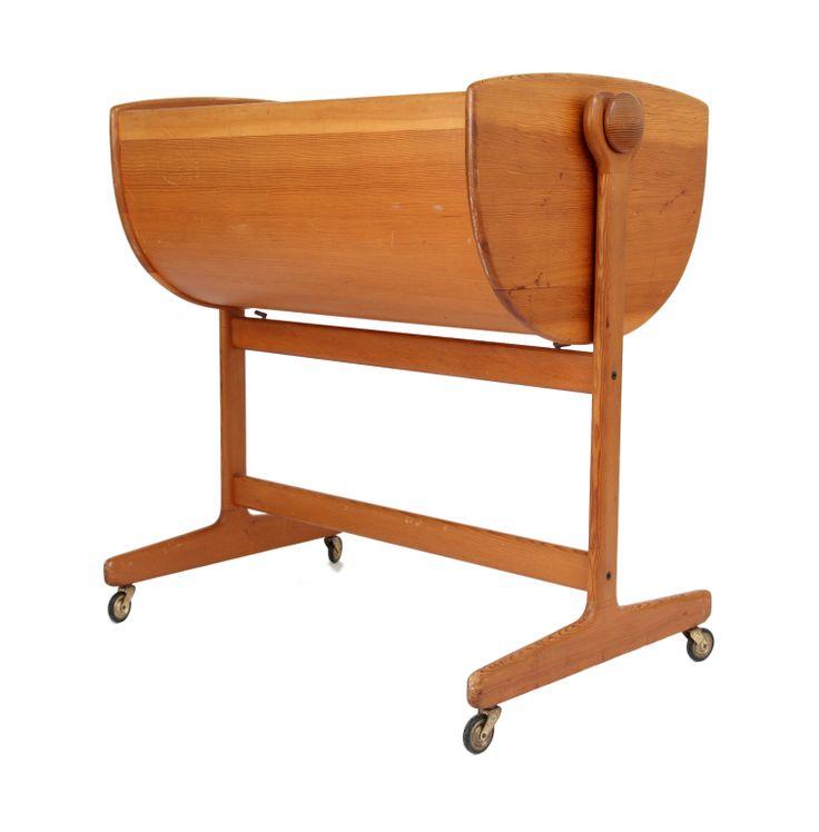 1stdibs | oregon pine Nanna Ditzel rocking bassinet